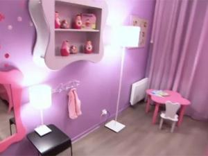 deco chambre fille rose et mauve. Black Bedroom Furniture Sets. Home Design Ideas