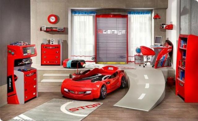 Decoration chambre garcon voiture visuel 9 for Chambre garcon voiture