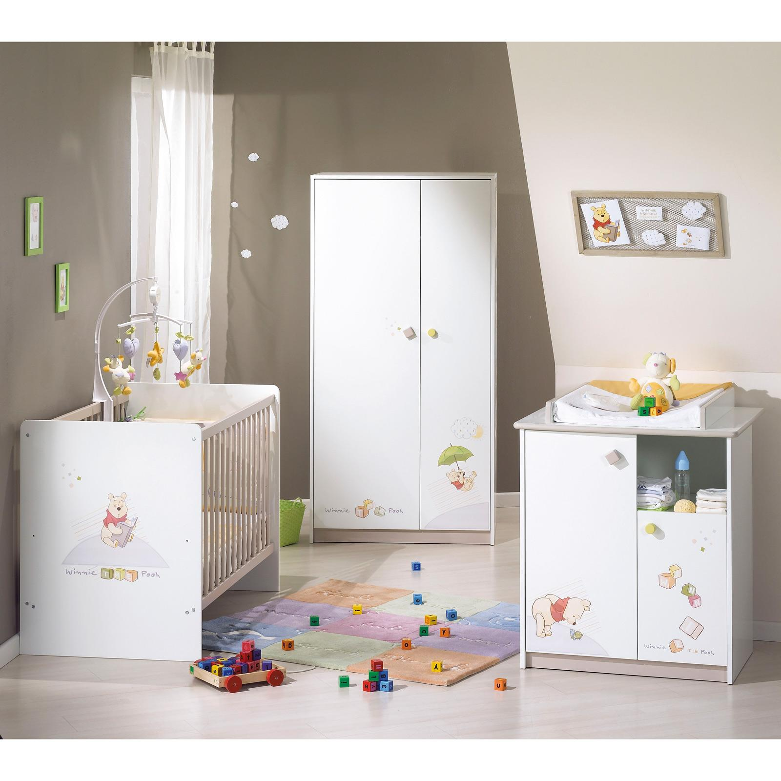 Decoration de chambre bebe winnie l ourson for Chambre complete bebe conforama