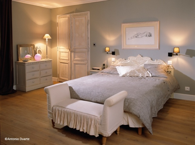latest idee deco chambre adulte romantique with ambiance. Black Bedroom Furniture Sets. Home Design Ideas