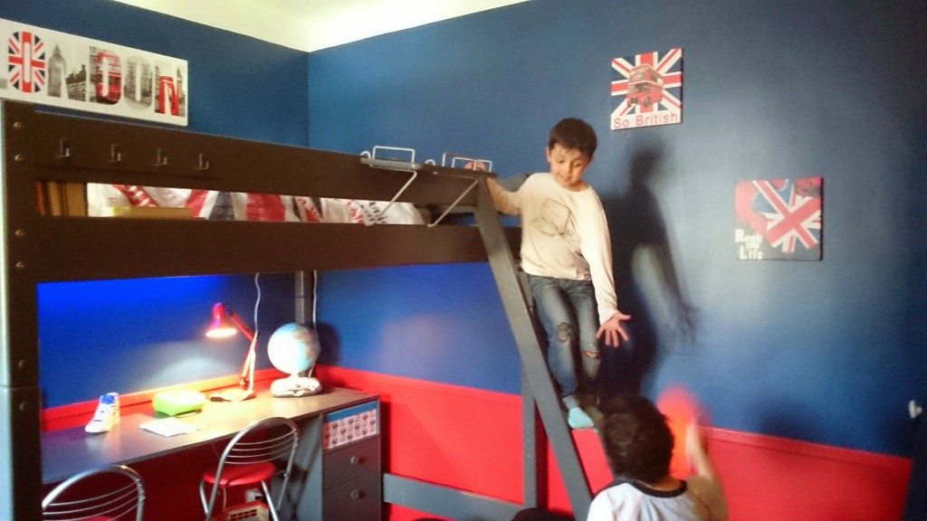 d co chambre royaume uni. Black Bedroom Furniture Sets. Home Design Ideas