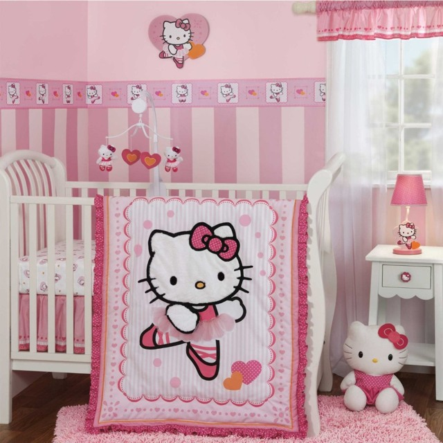 Decoration chambre bebe fille hello kitty visuel 1 for Plus belle chambre du monde