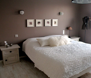 decoration chambre peinture adulte. Black Bedroom Furniture Sets. Home Design Ideas