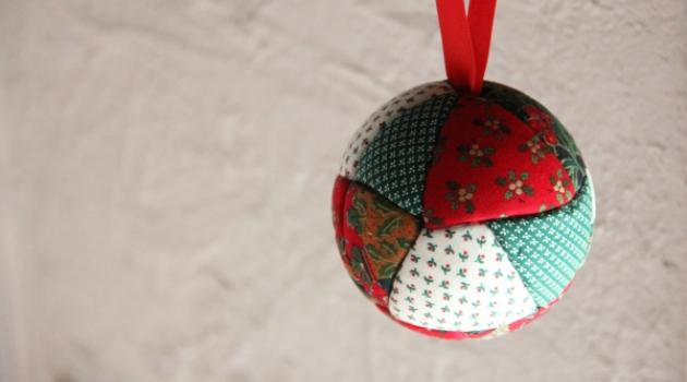 Decoration de noel en tissu a faire soi meme - Decoration de noel a faire soi meme facile ...