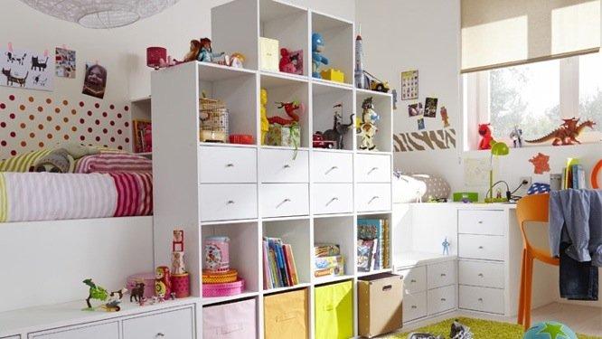 Tableau chambre petite fille 3 rangement chambre de bebe for Rangement petite chambre