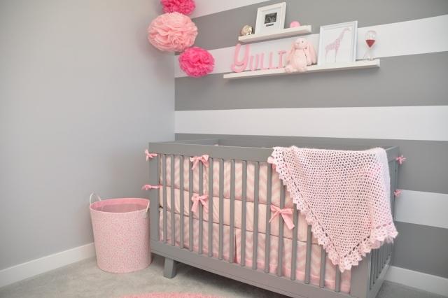 Déco chambre bébé fille rose et gris - Modèle de tricot gratuit