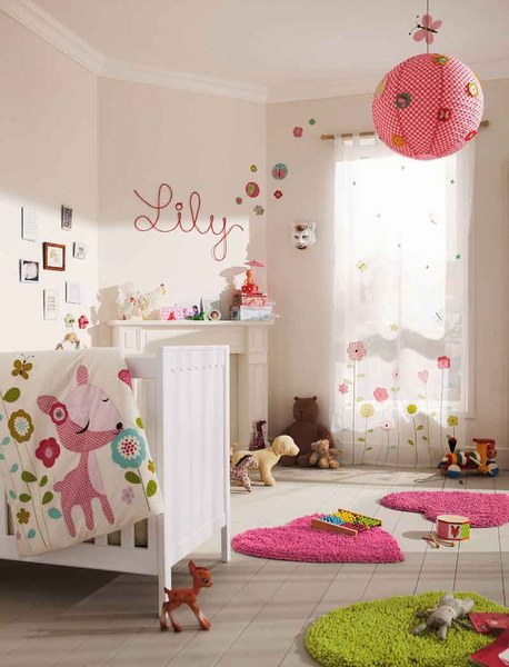 Deco chambre fille theme jardin for Theme deco maison