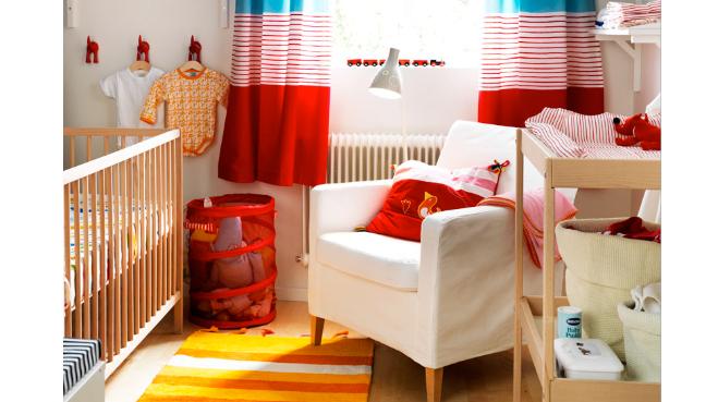 Petite chambre bebe garcon pr l vement d for Petite chambre garcon