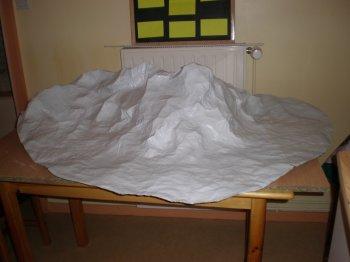 Fabriquer un decor de montagne visuel 9 - Fabriquer un village de noel en carton ...