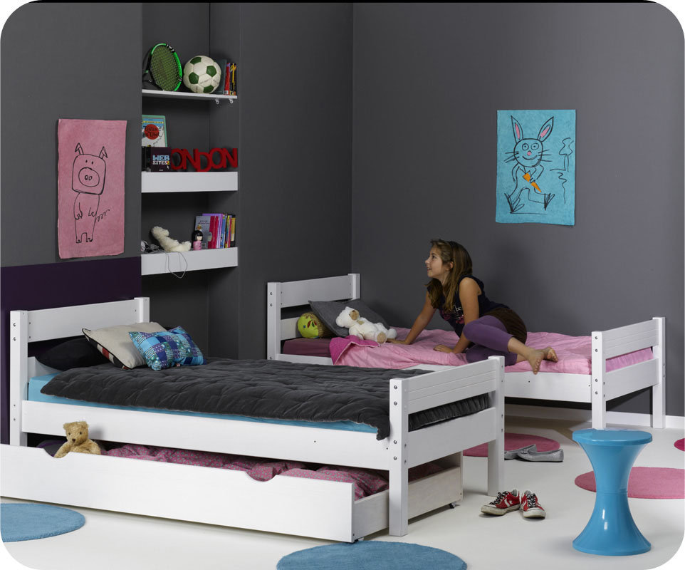 lit pour jumeaux 2 ans. Black Bedroom Furniture Sets. Home Design Ideas