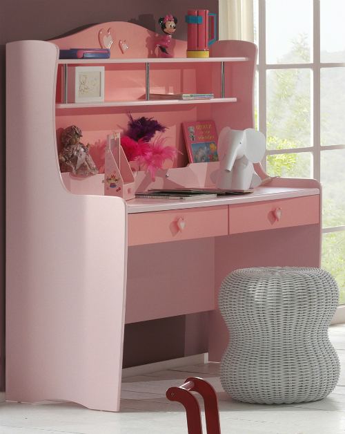 bureau pour petite fille visuel 7. Black Bedroom Furniture Sets. Home Design Ideas