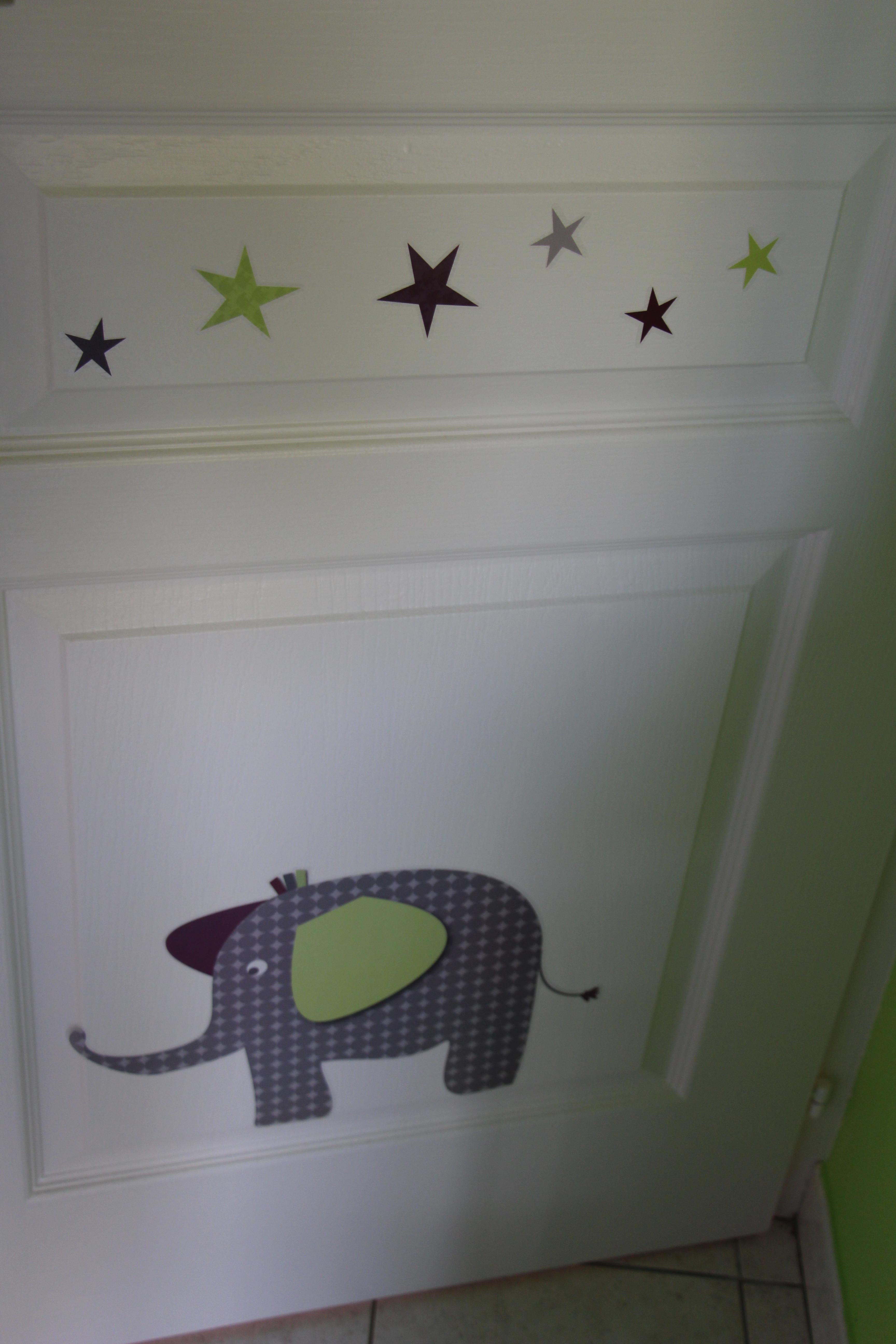 Charmant stickers deco chambre bebe - Deco mural chambre bebe ...
