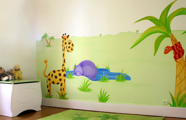 Idee deco chambre bebe jungle for Deco chambre bebe mansardee 2