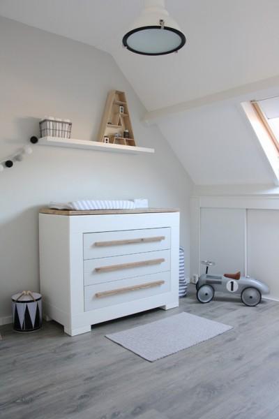 deco chambre bebe sous comble visuel 1. Black Bedroom Furniture Sets. Home Design Ideas