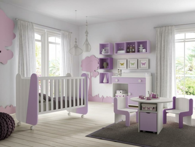 Decoration chambre bebe fille mauve for Idee de chambre bebe fille
