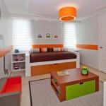 chambre orange et gris