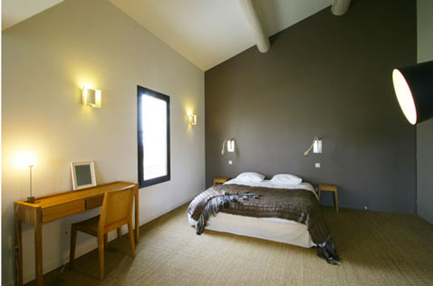 decoration chambre taupe et beige visuel 1. Black Bedroom Furniture Sets. Home Design Ideas