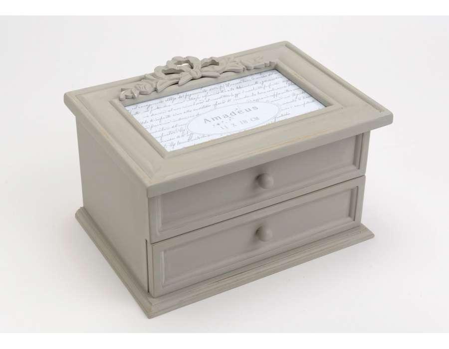 boite a bijoux romantique visuel 4. Black Bedroom Furniture Sets. Home Design Ideas