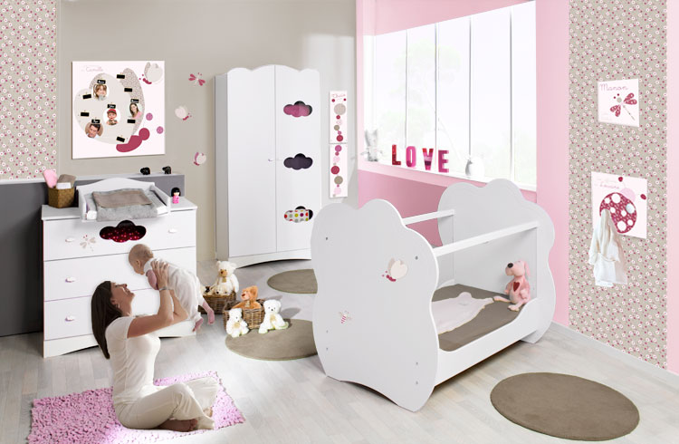 deco chambre bebe fille papillon visuel 1. Black Bedroom Furniture Sets. Home Design Ideas