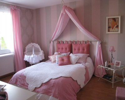 deco chambre romantique rose visuel 5. Black Bedroom Furniture Sets. Home Design Ideas