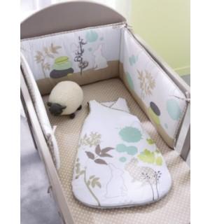tour de lit bebe lit sans barreaux visuel 3. Black Bedroom Furniture Sets. Home Design Ideas