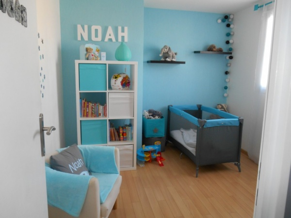 Awesome Chambre Bebe Bleu Turquoise Et Gris Pictures - Design ...