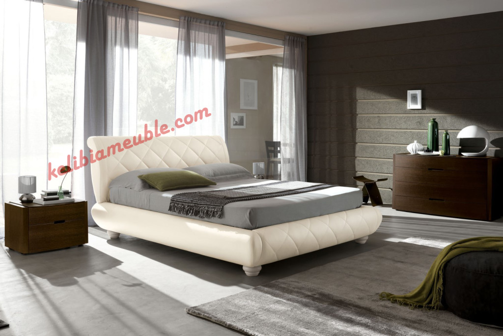 decoration chambre a coucher adulte moderne visuel 2. Black Bedroom Furniture Sets. Home Design Ideas