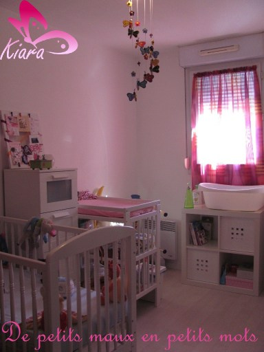 decoration chambre bebe papillon visuel 6. Black Bedroom Furniture Sets. Home Design Ideas