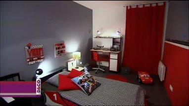 idee deco chambre ado rouge gris - visuel #8