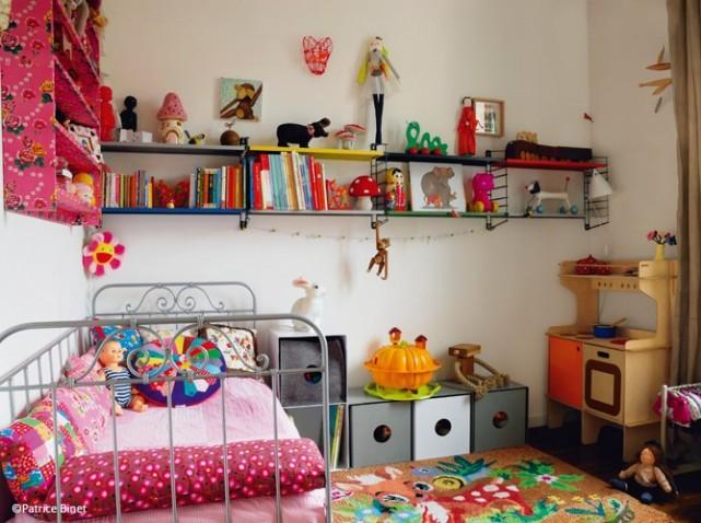 astuce rangement petite chambre visuel 2. Black Bedroom Furniture Sets. Home Design Ideas