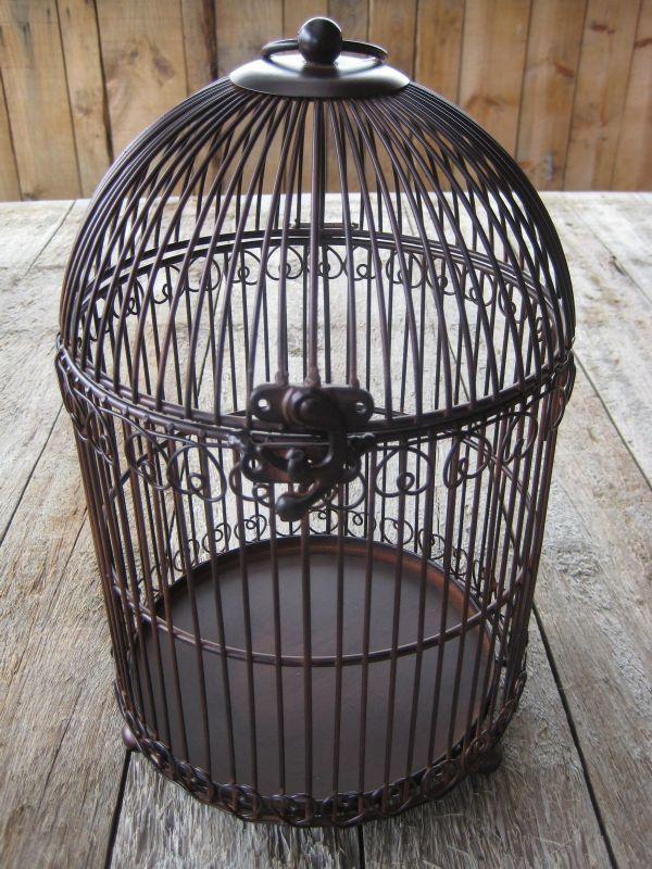 cage a oiseaux ancienne en fer forge 13 cage oiseau deco. Black Bedroom Furniture Sets. Home Design Ideas