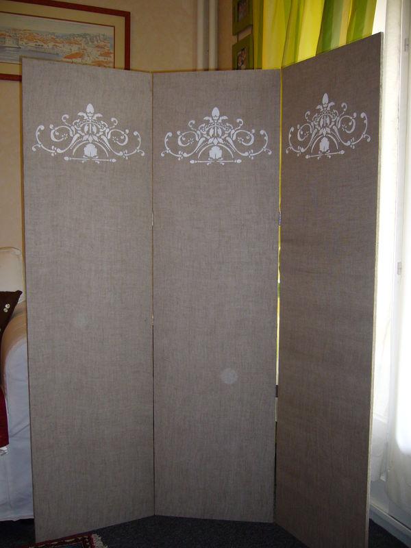 decoration fabriquer un paravent visuel 2. Black Bedroom Furniture Sets. Home Design Ideas