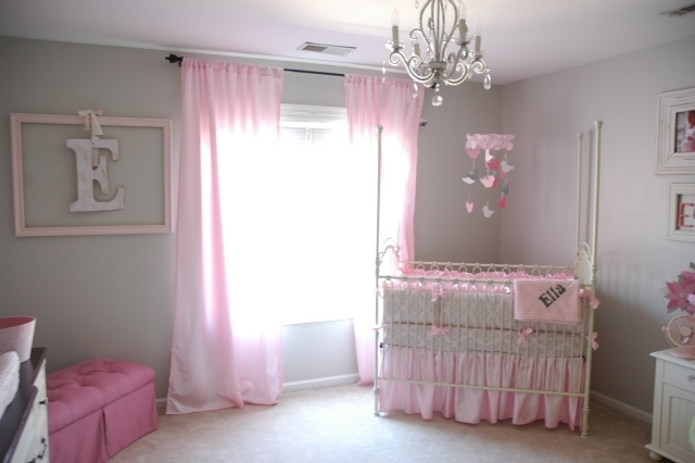 deco chambre fille gris et rose. Black Bedroom Furniture Sets. Home Design Ideas