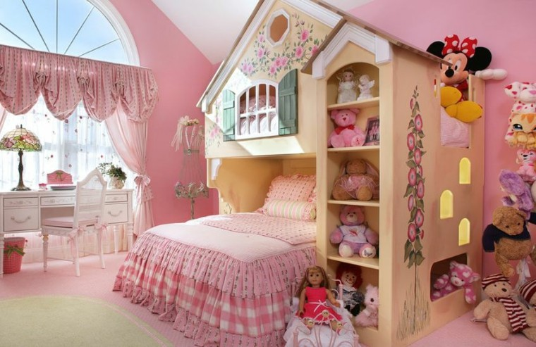 idee decoration chambre fille princesse. Black Bedroom Furniture Sets. Home Design Ideas