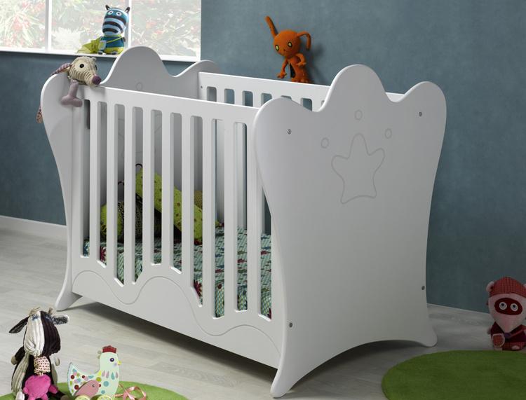 lit bebe barreaux ou plexiglas. Black Bedroom Furniture Sets. Home Design Ideas