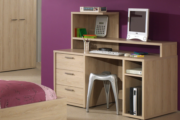 bureau chambre ado chambre multicolore coin bureau sobre. Black Bedroom Furniture Sets. Home Design Ideas
