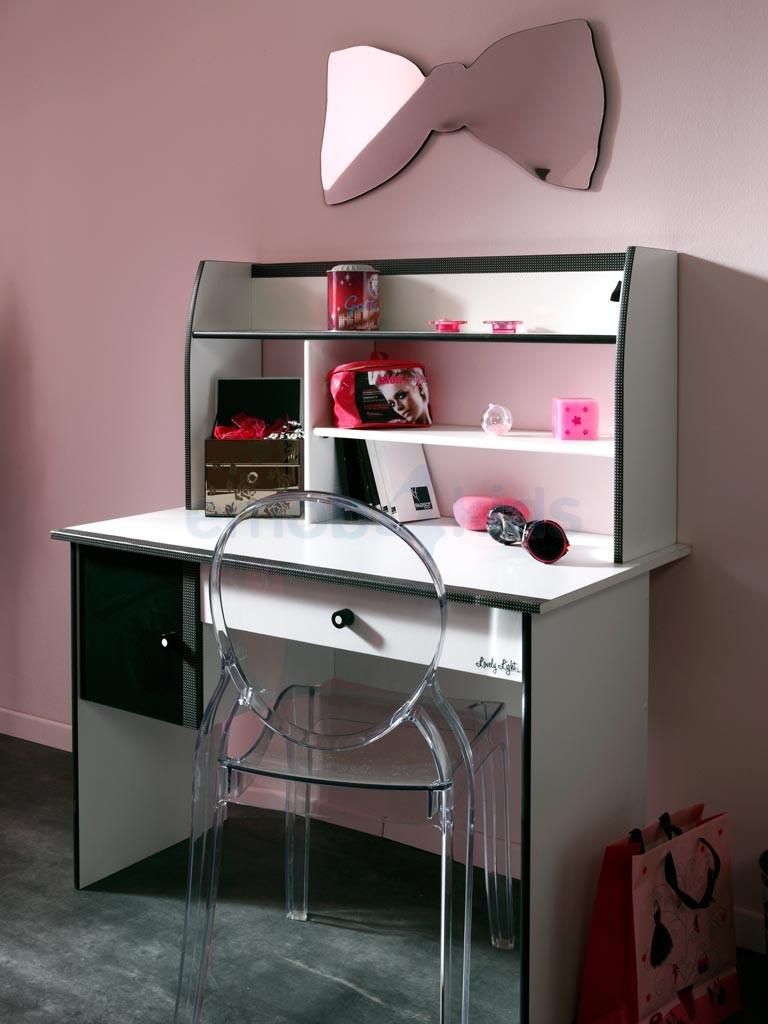 bureau pour fillette. Black Bedroom Furniture Sets. Home Design Ideas