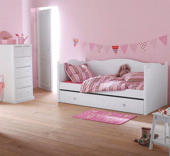 chambre deco petite fille visuel 5. Black Bedroom Furniture Sets. Home Design Ideas