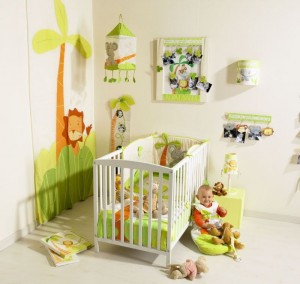 Decoration chambre bebe roi lion visuel 8 for Vente de decoration maison