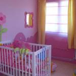 decoration chambre fille rose et vert