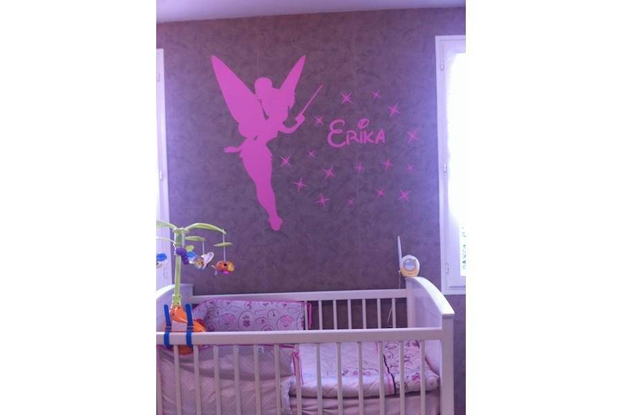 decoration de chambre fee clochette visuel 7. Black Bedroom Furniture Sets. Home Design Ideas