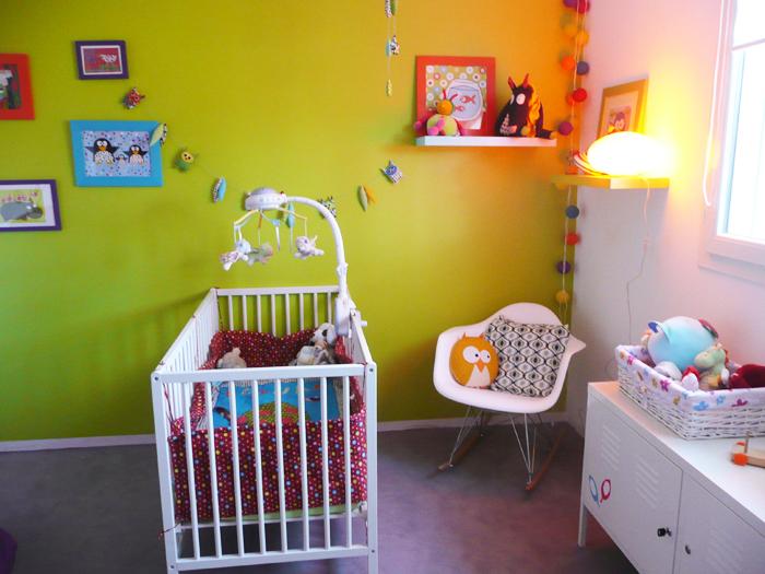 deco chambre bebe vert anis visuel 3