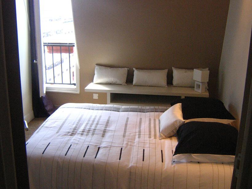 chambre 12m2 deco visuel 1. Black Bedroom Furniture Sets. Home Design Ideas
