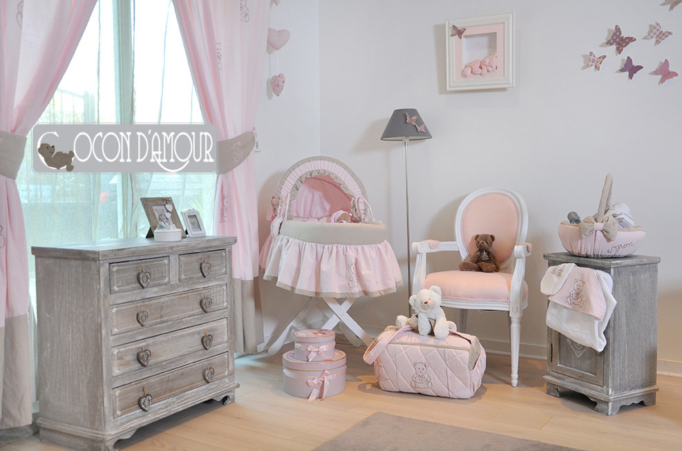 chambre bebe taupe rose. Black Bedroom Furniture Sets. Home Design Ideas