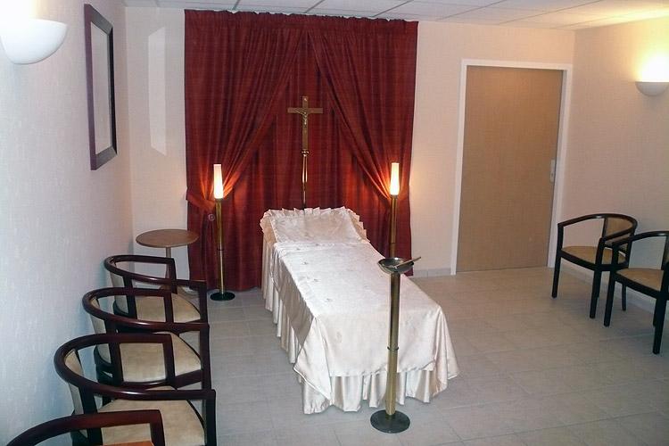 decoration chambre funeraire visuel 2. Black Bedroom Furniture Sets. Home Design Ideas