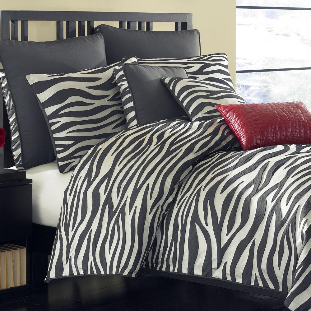 decoration chambre zebre visuel 2. Black Bedroom Furniture Sets. Home Design Ideas