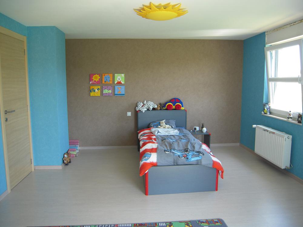 Sup rieur deco chambre de garcon 3 chambre garcon rouge bleu et gris hoze home - Chambre garcon gris et rouge ...