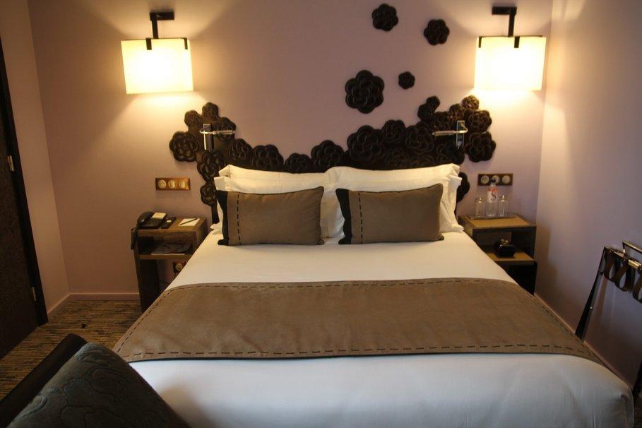 decoration lit hotel visuel 2. Black Bedroom Furniture Sets. Home Design Ideas