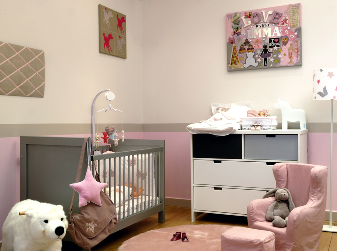 idee peinture chambre bebe fille visuel 4. Black Bedroom Furniture Sets. Home Design Ideas