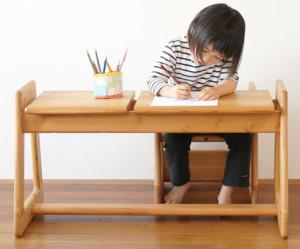 bureau et chaise pour bebe